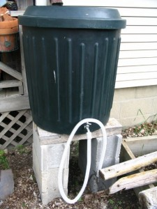 Rain Barrel with Hose