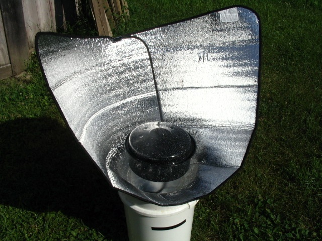 How To Make An Easy Solar Cooker With Materials You Probably Already Have At Home Our