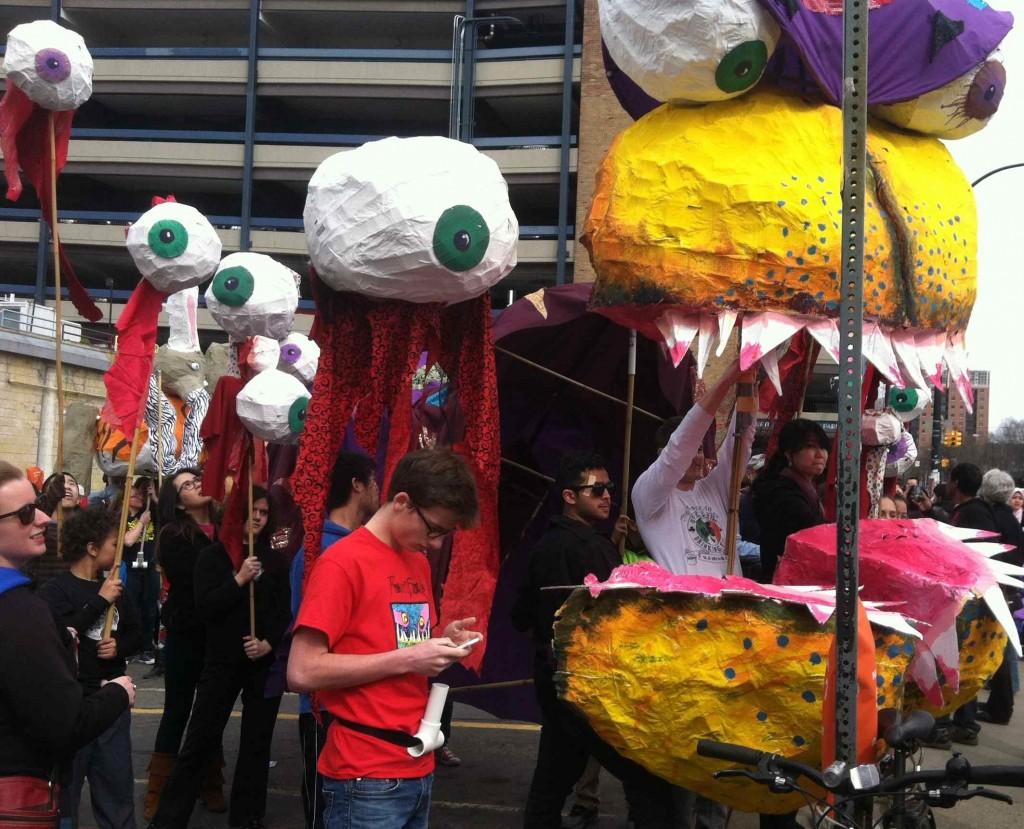 Parade Big Mouth